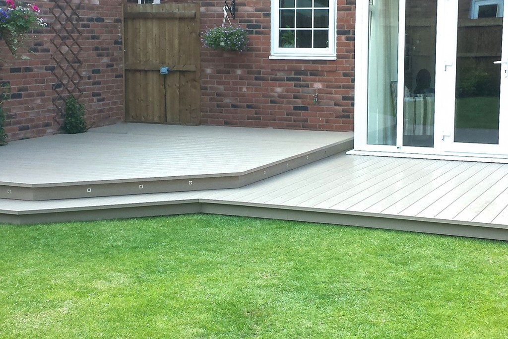 Two-Tiered Decking